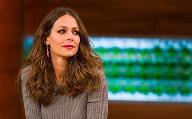 """Eva González sustituye las fogones de MasterChef por el micro de """"La Voz"""", en su nueva fase en Antena 3"""